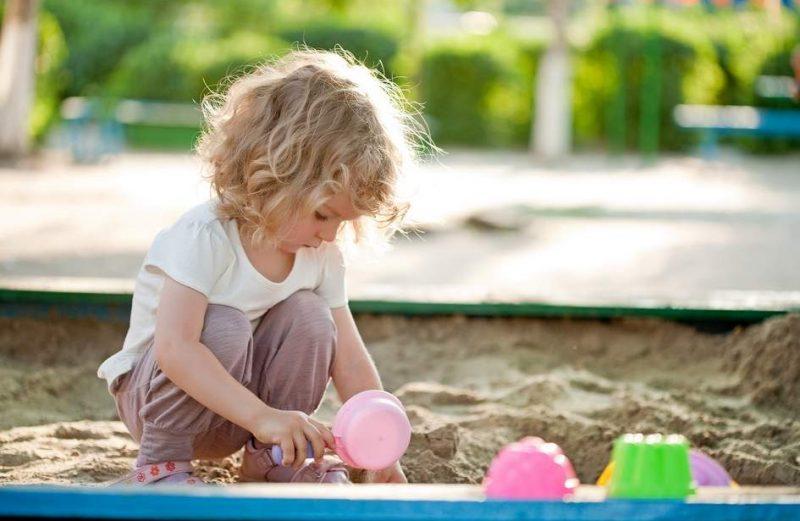 spelen met zand is gezond